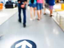 Définir un tunnel de conversion pour le commerce physique et analyser les étapes du parcours shopper