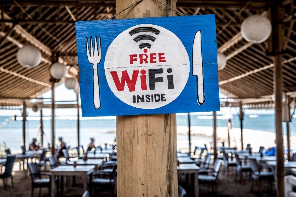 Borne Free Wifi